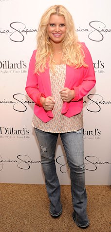 Wow! Jessica Simpson Shows Off 60-Pound Weight Loss at Tampa Event
