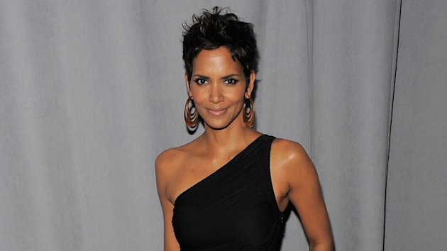 Halle Berry on Why She&#39;s Had Bad Choices in Men