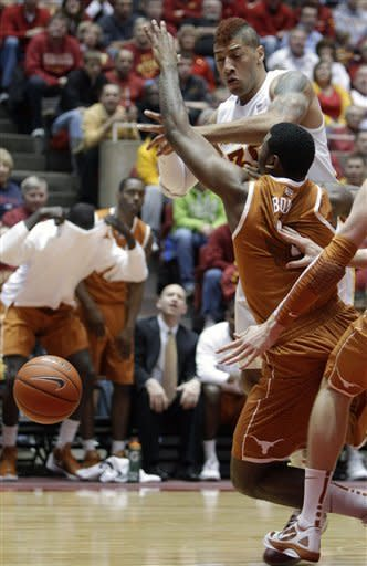 Iowa State upends Texas 77-71