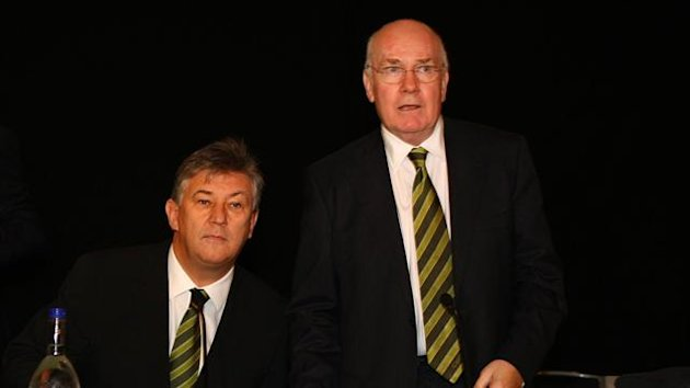 Peter Lawwell promised to provide adequate replacements for those that do leave Celtic