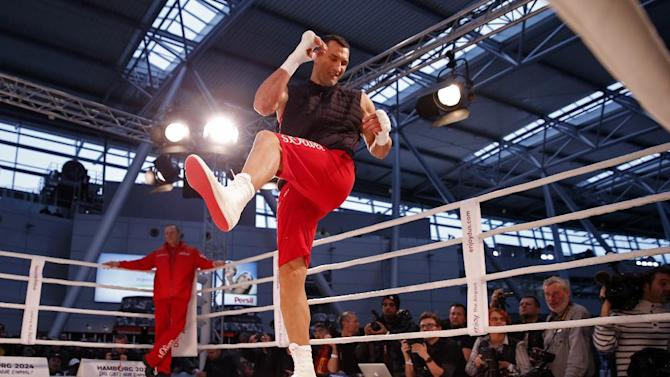 Wladimir Klitschko during his work out