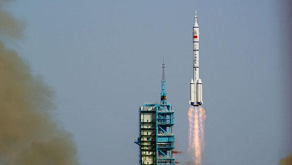 China Set for 1st Manned Space Docking Test