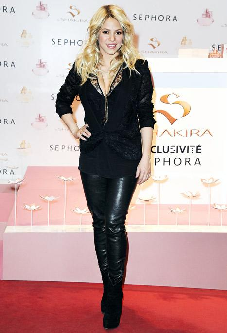 Shakira Rocks Post-Baby Body in Tight Leather Pants Two Months After Giving Birth: Picture
