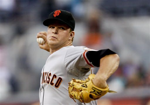 Cain is dominating in Giants' 10-1 win over Padres