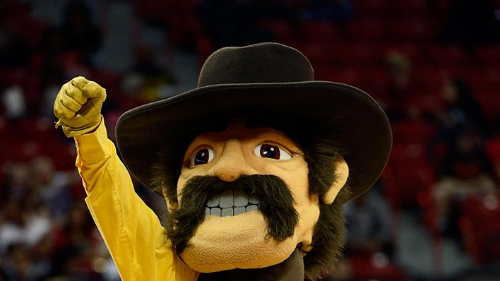 Wyoming Cowboys mascot Pistol Pete