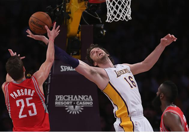 Houston Rockets v Los Angeles Lakers
