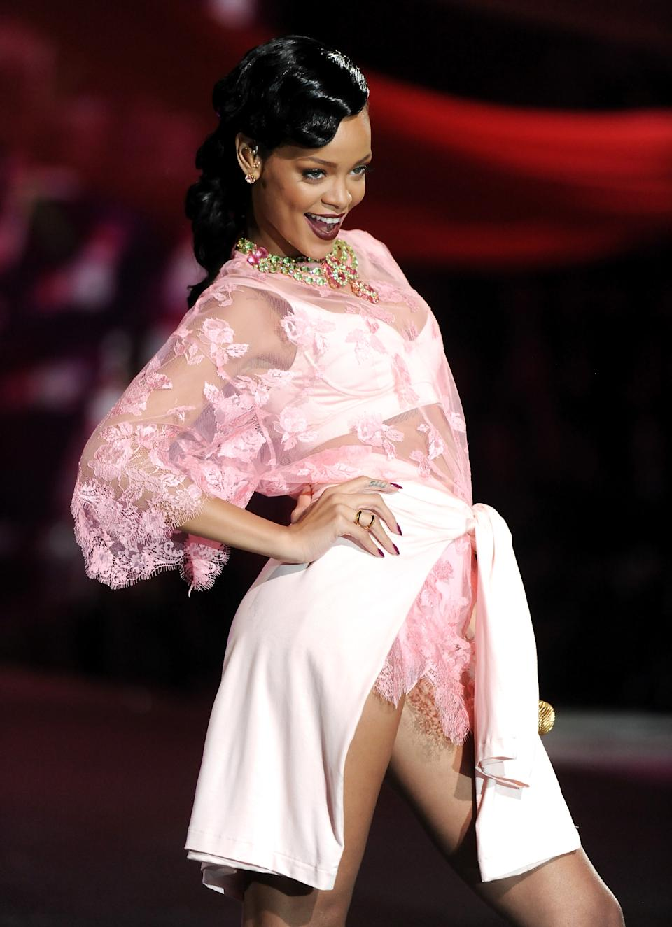 Singer Rihanna performs during the 2012 Victoria's Secret Fashion Show on Wednesday Nov. 7, 2012 in New York. The show will be Broadcast on Tuesday, Dec. 4 (10:00 PM, ET/PT) on CBS. (Photo by Evan Agostini/Invision/AP)