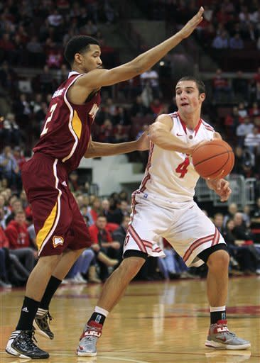 No. 7 Ohio State hangs on for 65-55 win