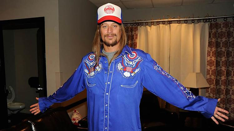 Kid Rock CMT Awards Bckstg