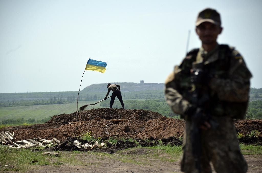 Six killed in east Ukraine fighting: officials