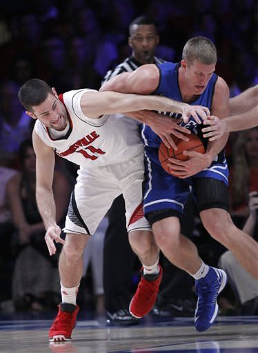 No. 5 Duke beats No. 2 Louisville 76-71