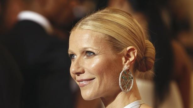Gwyneth Paltrow Getting Tweet Heat