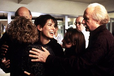 Micole Mercurio , Sandra Bullock , Monica Keena and Jack Warden in While You Were Sleeping