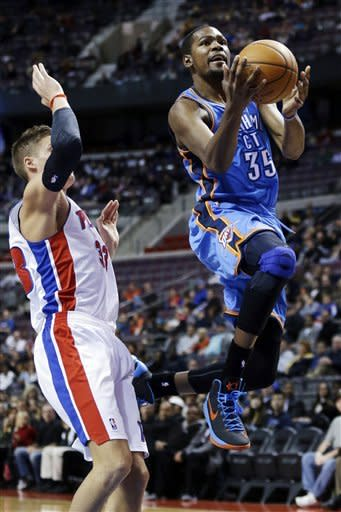 Westbrook leads Thunder past Pistons 92-90