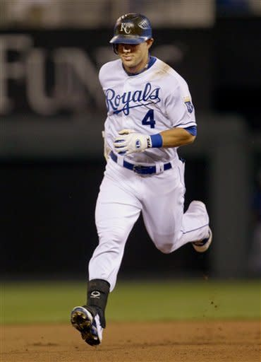 Jeremy Guthrie pitches Royals past Rangers 6-3