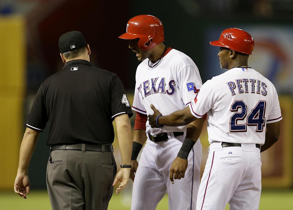 A's top Rangers 9-8 to start key AL West series