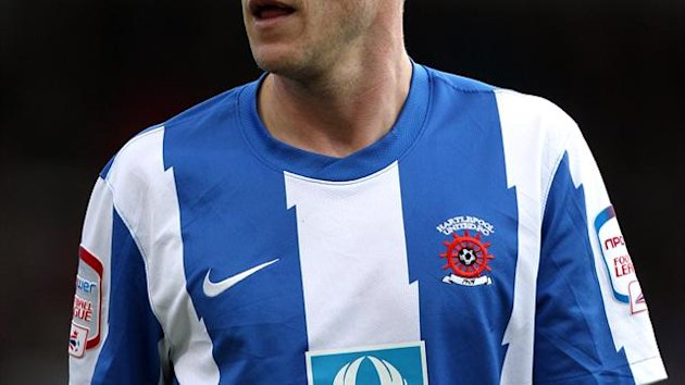 Paul Murray has agreed a deal with Oldham