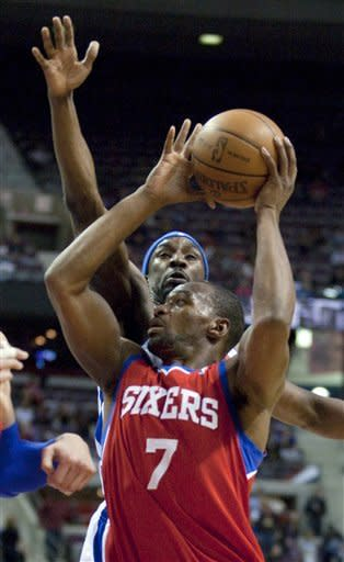 Gordon leads Pistons past 76ers in finale