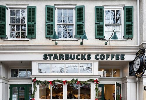 Pop Science: Starbucks Increases Property Values More than Dunkin' Donuts