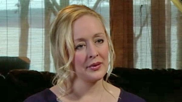 Mindy McCready, country music singer, dead in apparent suicide