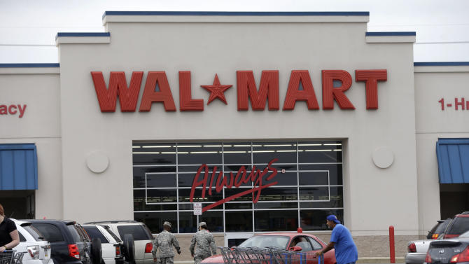 Wal-Mart faceoff with DC fuels minimum wage debate