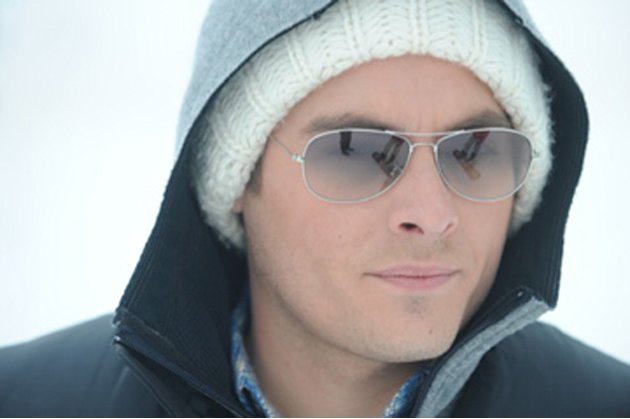 Frozen Production Photos 2010 Anchor Bay Kevin Zegers