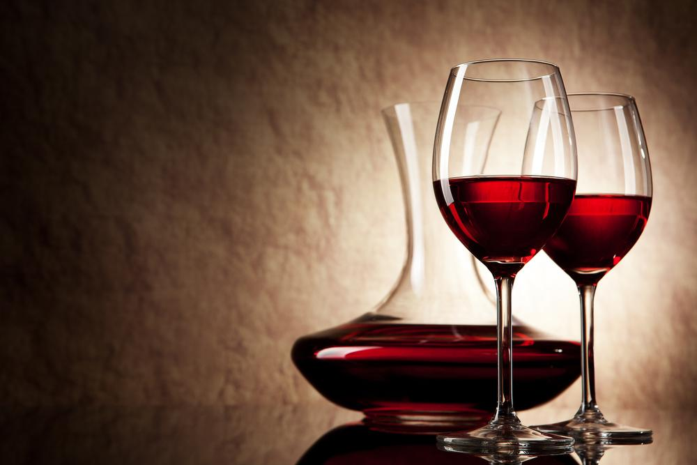 Study suggests limiting alcohol intake in middle age