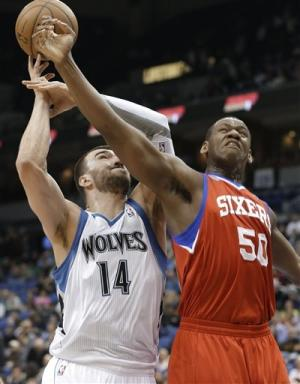 Pekovic powers Wolves over Philly 94-87