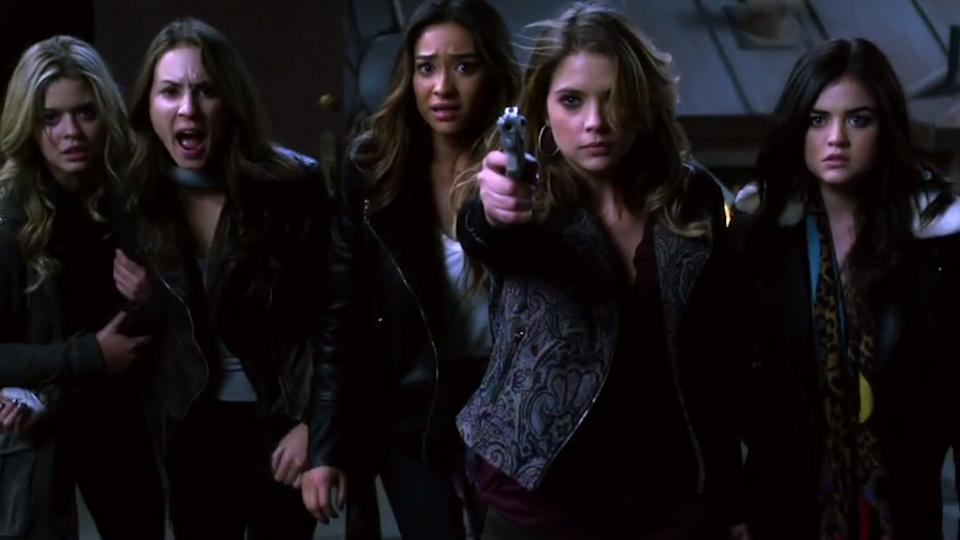 Pretty Little Liars 4x24 Promo & Clips - Ali Tells All & A Unmasked