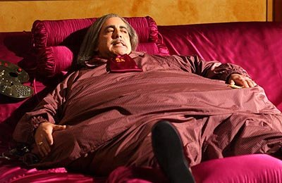 Adam Arkin as Dale the Whale