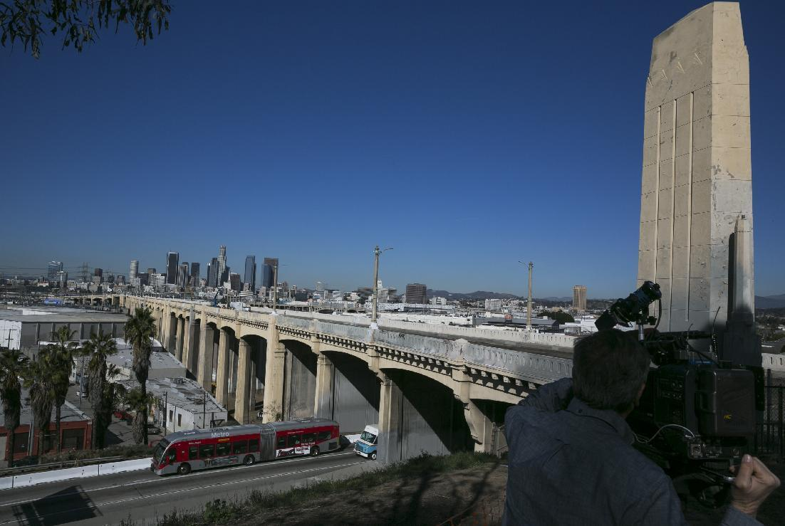 Freeway opens with demolition of LA bridge ahead of schedule