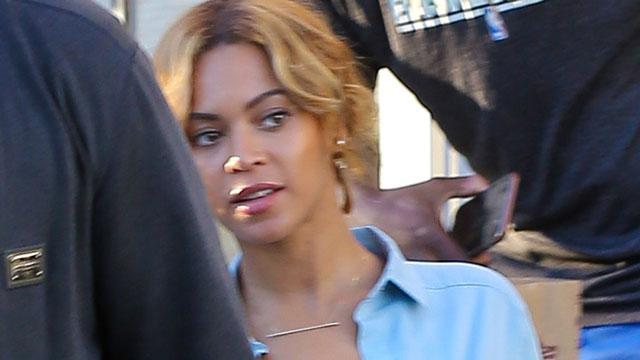No Bra, No Problem: Beyonce Wears a Completely Unbuttoned Shirt to Lunch