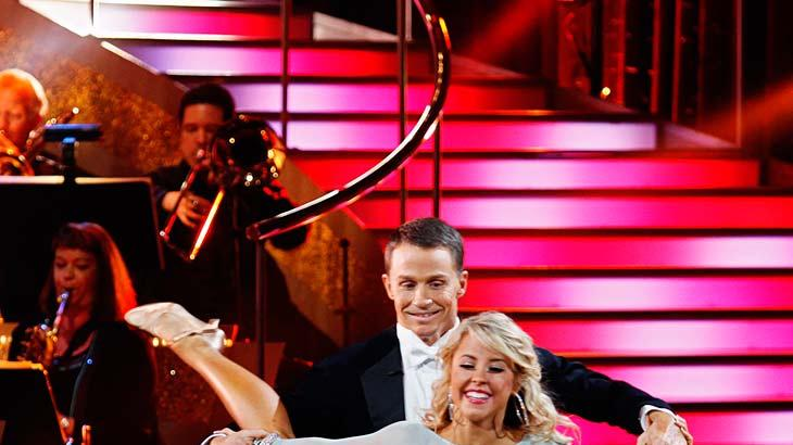 "Ty Murray and Chelsie Hightower perform the Viennese Waltz to ""Tuesday's Gone"" by Lynyrd Skynyrd on ""Dancing with the Stars."""