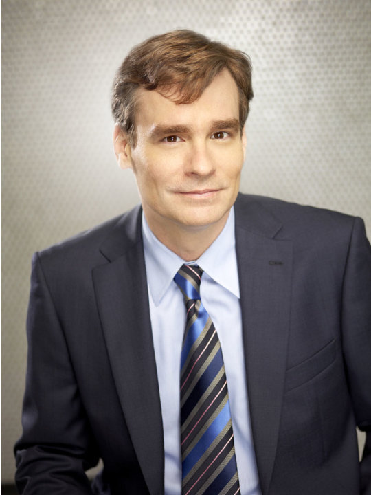 "Robert Sean Leonard returns as Dr. James Wilson in Season Eight of ""House."""
