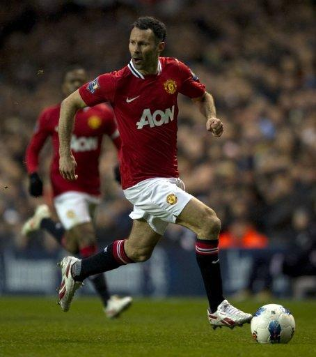 Ryan Giggs still plays for the team age 38