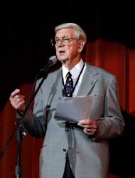 FILE –In this Oct. 16, 2004 file photo, Frank Page, longtime announcer at the Louisiana Hayride, speaks about the first night Elvis Presley played at the Hayride, in Shreveport, La. Page, who introduced a then-unknown Elvis Presley to worldwide audiences through his work with the Louisiana Hayride, the state's version of the heralded Grand Ole Opry, has died. Veteran radio broadcaster Frank Page died late Wednesday, Jan. 9, 2013, after succumbing to a severe respiratory infection while hospitalized at WK Pierremont Health Center in Shreveport. He was 87. (AP Photo/The Shreveport Times, Robert Ruiz)