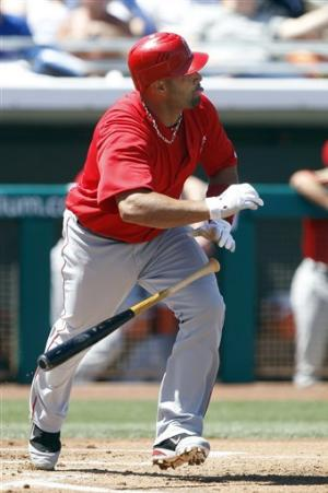 Pujols homers again, Angels and Cubs tie