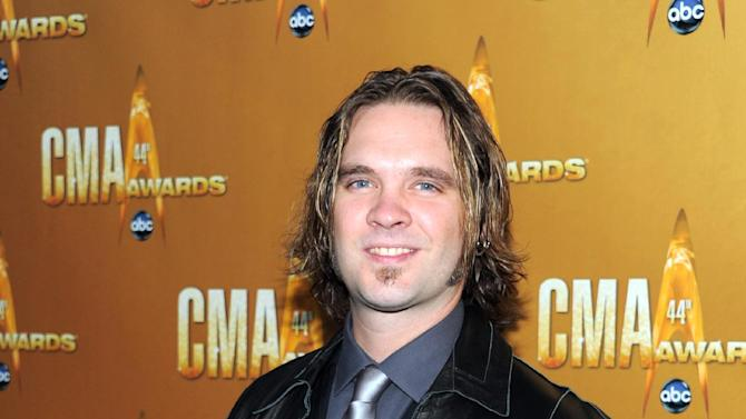"""FILE - This Nov. 10, 2010 file photo shows former """"American Idol"""" contestant Bo Bice at the 44th Annual Country Music Awards in Nashville, Tenn. Producers of the Broadway revival of """"Pump Boys and Dinettes"""" announced Tuesday, Dec. 11, 2012 that Bice will star in the honkey-tonk musical revue.  (AP Photo/Evan Agostini, file)"""