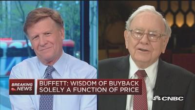 Why IBM and not Apple? Warren Buffett answers