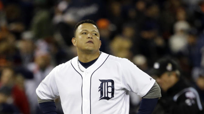 Detroit Tigers' Miguel Cabrera reacts after flying out with bases loaded to end the fifth inning of Game 3 of baseball's World Series against the San Francisco Giants Saturday, Oct. 27, 2012, in Detroit. (AP Photo/David J. Phillip)