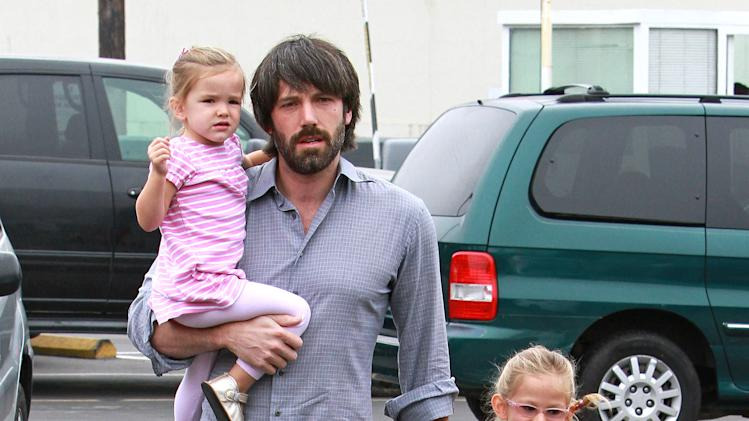 Ben Affleck and daughters