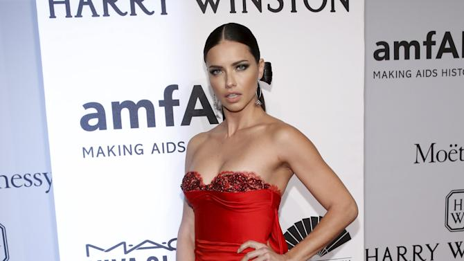 Model Adriana Lima attends the 2016 amfAR New York Gala at Cipriani Wall Street in Manhattan, New York.