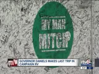 Indiana Gov. Mitch Daniels makes final trip north in campaign RV