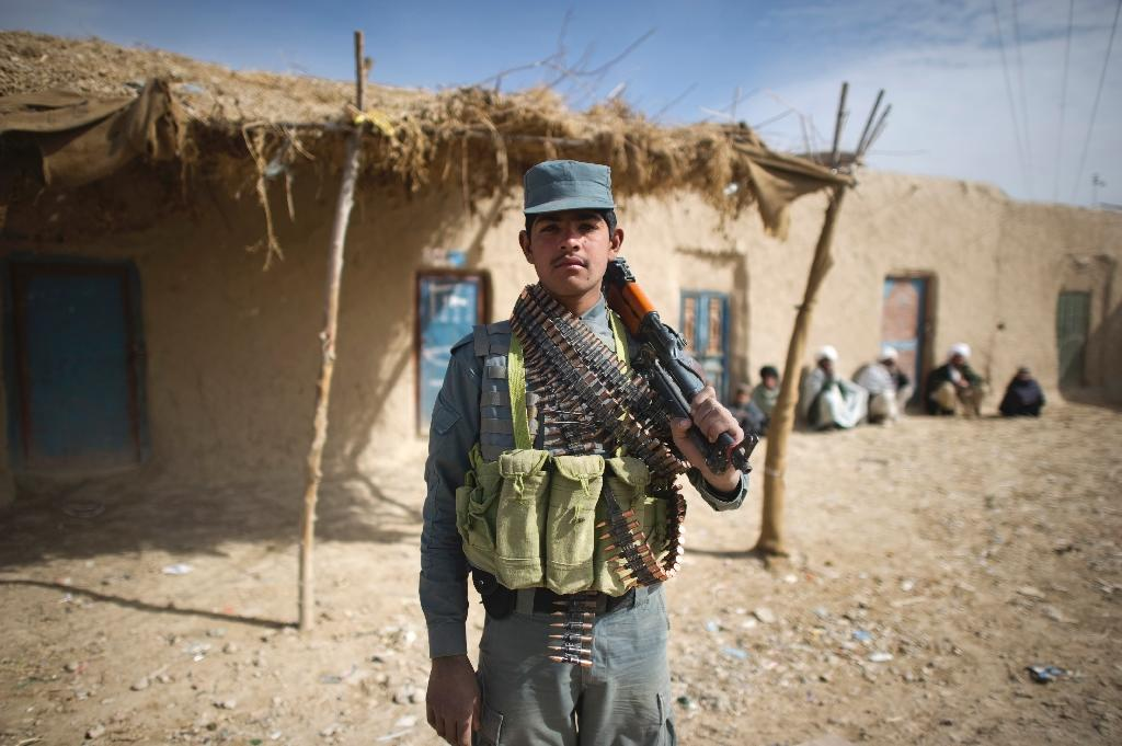 Afghan forces retake key district centre from Taliban