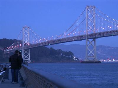 World's Largest Light Sculpture on SF Bay Bridge
