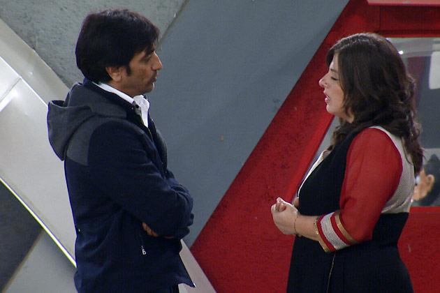 BB 6: Delnaaz forgives Rajeev