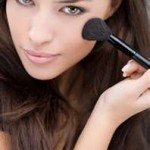accentuate-your-cheeks-with-makeup