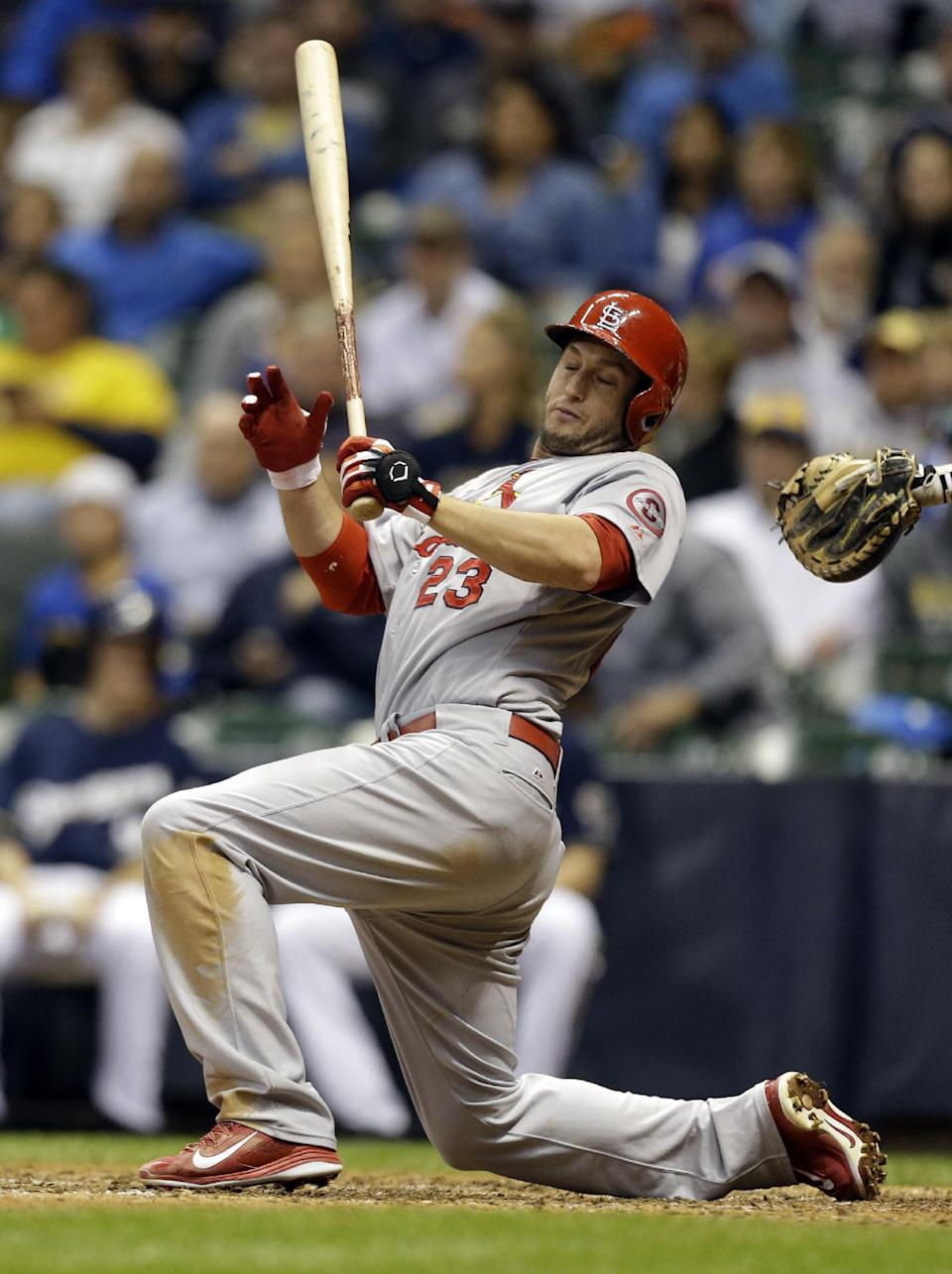Cardinals beat Brewers 7-2, maintain 2-game lead