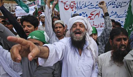 Supporters of the religious political party Markazi Jamiat Ahlehadith Pakistan shout slogans during a protest against an anti-Islam film made in the U.S. mocking Prophet Mohammad, in Karachi September 23, 2012.