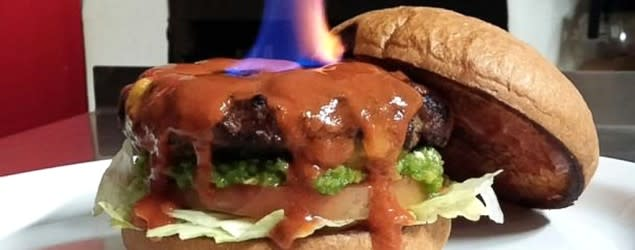 'World's hottest burger' requires signing a waiver